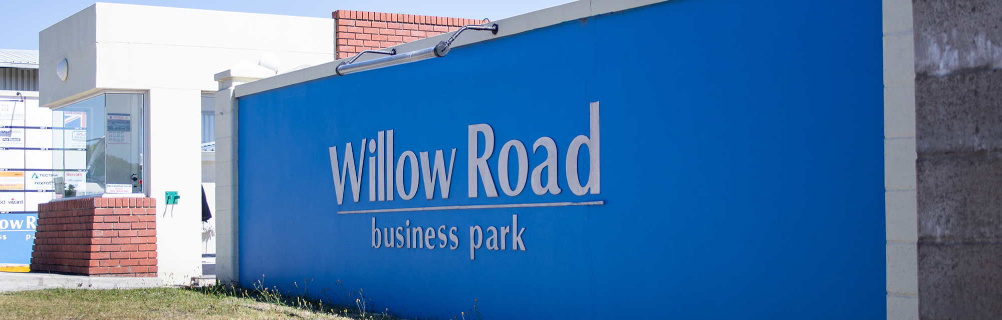Willow Road Sign at entrance